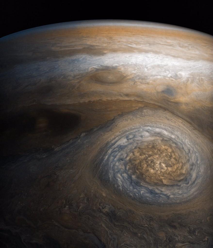 Audra Jupiterio šiaurėje. ©NASA/JPL-Caltech/SwRI/MSSS/Gerald Eichstädt/Seán Doran