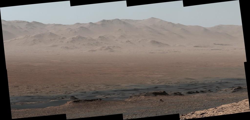 Panorama nuo Veros Rubin kalnagūbrio Marse. ©NASA/JPL-Caltech/MSSS